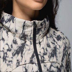 lululemon athletica Jackets & Coats - Lululemon bring back the track jacket size 8